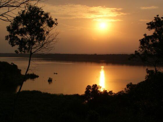 QEBL zonsondergang